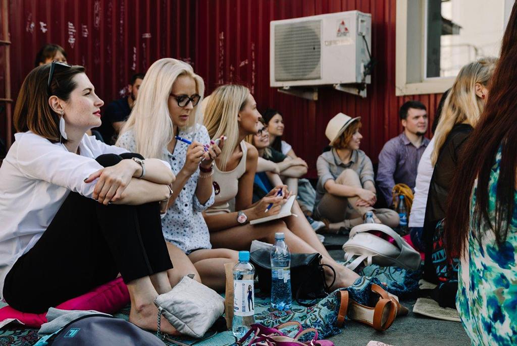Лекции на траве: выпускница ТУСУРа рассказала о новом формате городского лектория